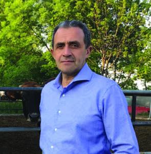 La stalla dell'azienda agricola Roberto Grassi, socia della cooperativa, certificata bio.